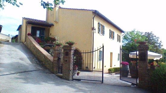 Il Colombaio di Santa Chiara: Main building -Tuscan home