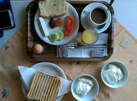 Cleomenis Hotel : Breakfast