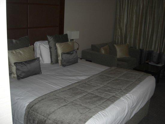 Grange St. Paul's Hotel: Comfy bed.