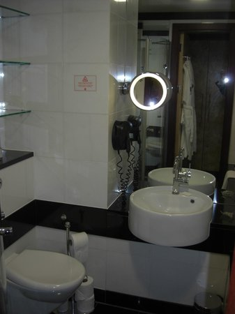 Grange St. Paul's Hotel: Bathroom (2)