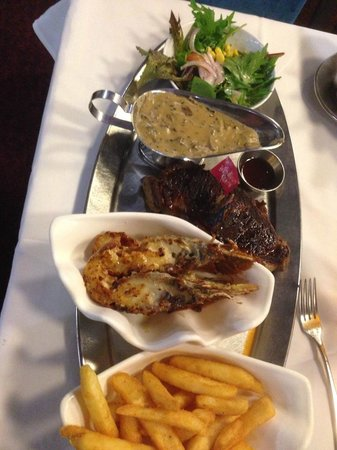 Ashmore Seafood and Steakhouse : Steak w/sauce, Chips, Moreton bay Bug and Salad $30