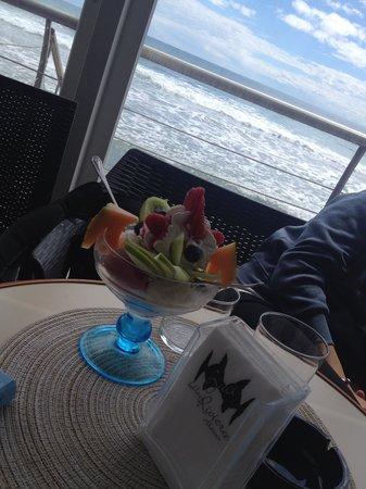 Pasticceria Riviera : Coppa con gelato e frutta fresca
