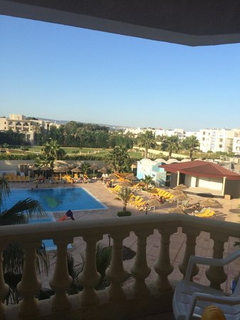 Houda Yasmine Hammamet: View from bedroom