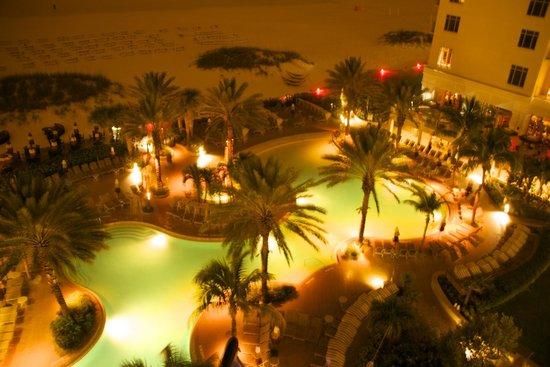 Sandpearl Resort: Pool and Beach