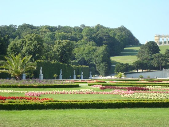 Schloss Schönbrunn: Jardins no entorno do Palácio