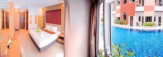 Andatel Grande Patong Phuket Hotel: Pool Access Room
