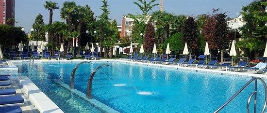 Grand Hotel Trieste & Victoria: pool