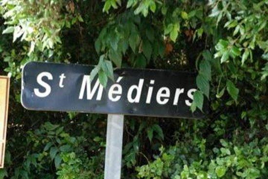 Mas d'Oléandre - Maison d'Hotes : St. Médiers, le hameau perdu