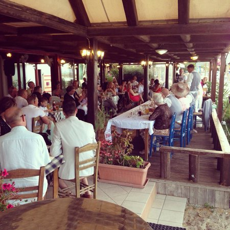 Paporo Beach Restaurant & Bar: Wedding at Paporo restaurant!
