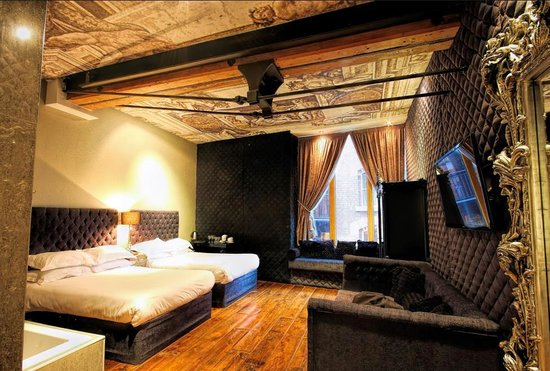 Signature Living Hotel: Sanctum Rooms