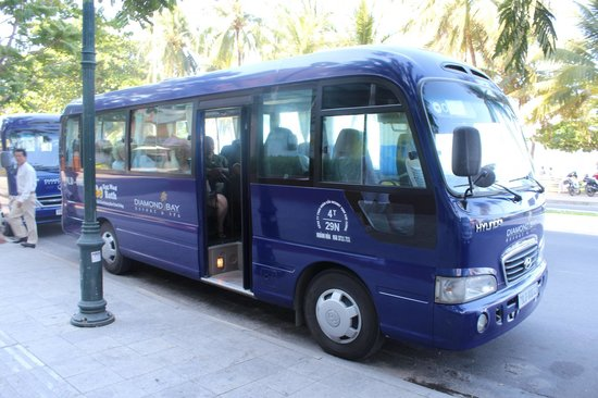 Diamond Bay Resort & Spa : shuttle bus
