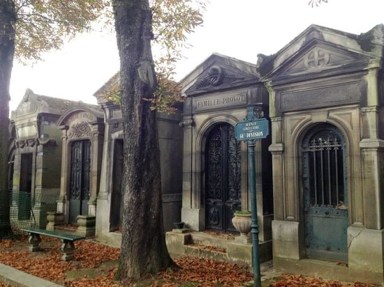 Heloise and abelard picture of pere lachaise cemetery - Cimetiere pere la chaise ...