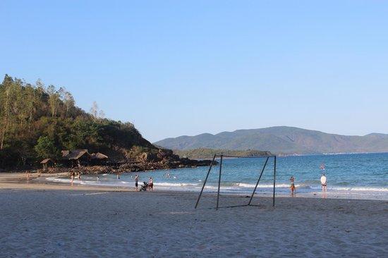 Diamond Bay Resort & Spa: Private beach