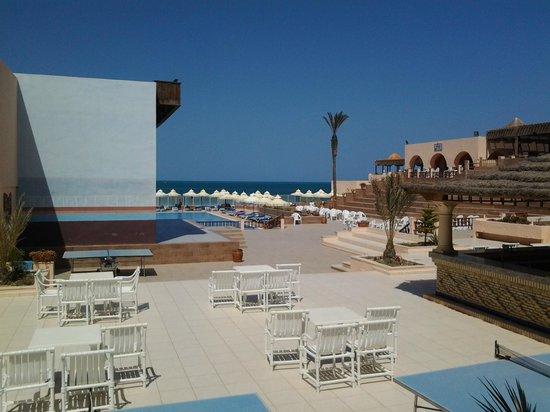 Club Oasis Marine : Place centrale réservée à l'animation  ...et  aux  loisirs....