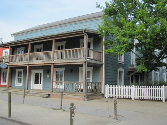 Disney's Hotel Cheyenne: Barracon donde estuvimos alojados