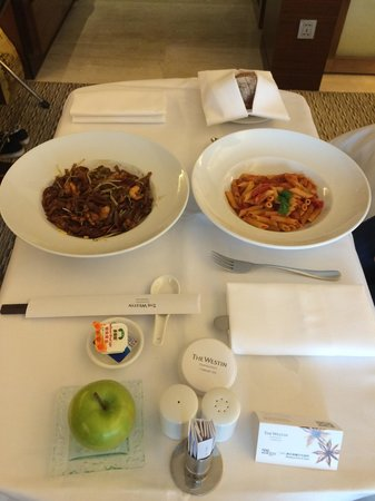 The Westin Guangzhou : Below average food quality and taste. DO NOT order Room Service. Eat elsewhere! We recommend the