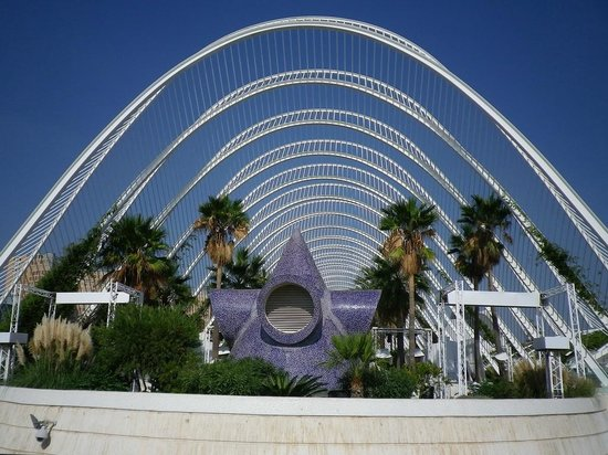 City of the Arts and Sciences : lÙmbracle