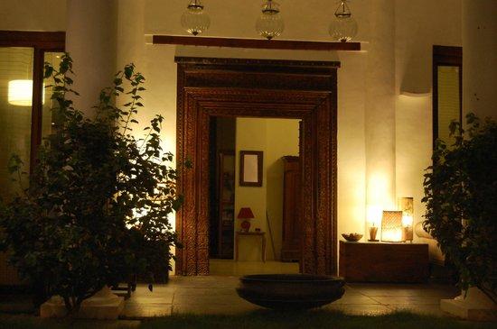 La Closerie : Entrance to the Bungalow