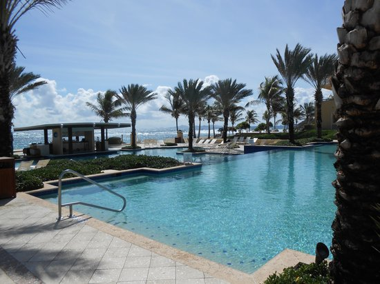 The Westin Dawn Beach Resort & Spa, St. Maarten: The Pool