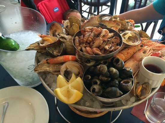 La Poissonnerie: Plateau de fruits de mer