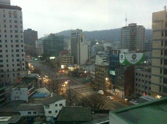 Ramada Seoul Dongdaemun : 窗外