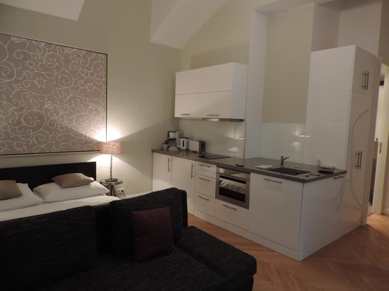 Retezova Apartments : cote cuisine