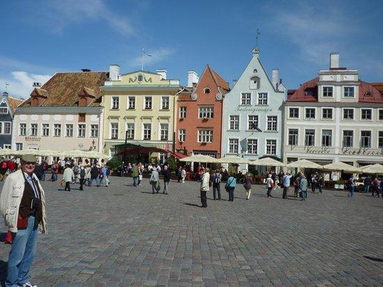 Rixwell Gotthard Hotel: Tallinn main square - about 700m away