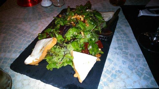 La Cuadra : Ensalada de queso de cabra