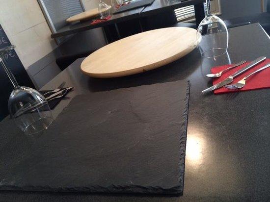 Entre 2 Tapas : La table