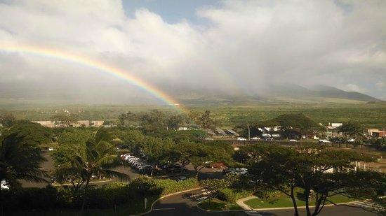 Honua Kai Resort & Spa: Looking north from the balcony