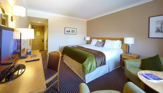 Village Hotel Chester St David's: Double Room