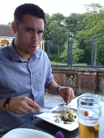 Moor Hall Hotel & Spa, BW Premier Collection: Eating hot rocks meal on the terrace