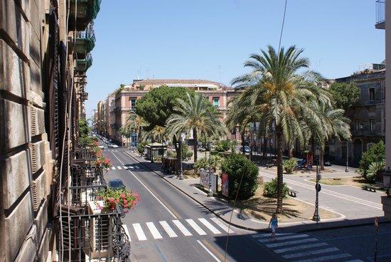 Antiche Volte: Piazza Principessa Iolanda - Dal balcone