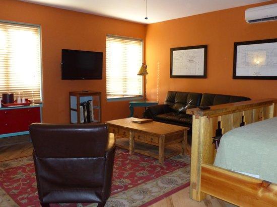 La Posada Hotel : La Posada -- Doublemint Twins Room 240