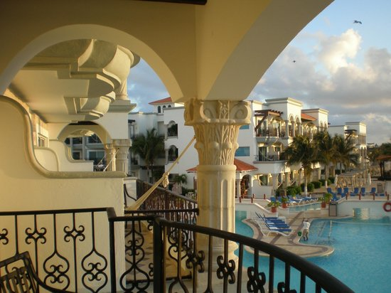The Royal Playa del Carmen: Ocean Front Master 50th B'day