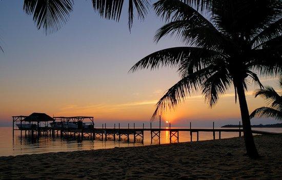 Hamanasi Adventure and Dive Resort: Hamanasi sunrise