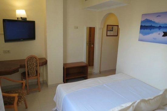 Hotel La Cumbre: Estandar Room