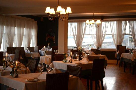 Auberge Sur Mer : Salle à manger