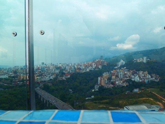 Holiday Inn Bucaramanga Cacique : la vista desde el hotel