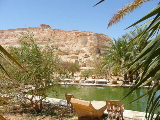 Adrere Amellal: Desert Ecolodge: lodge aperçu de la piscine