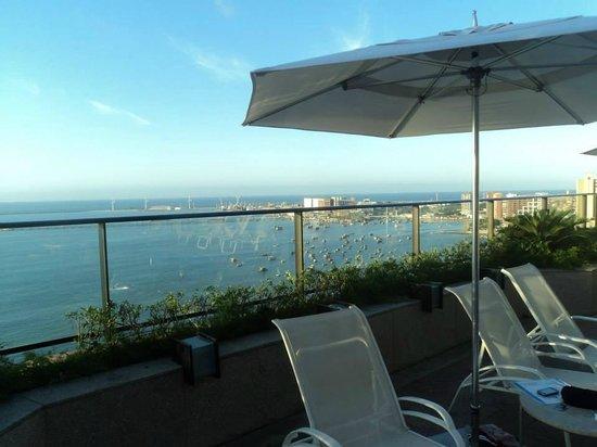 Hotel Gran Marquise : vista da piscina