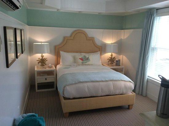 The Tides Beach Club: Our Queen Room