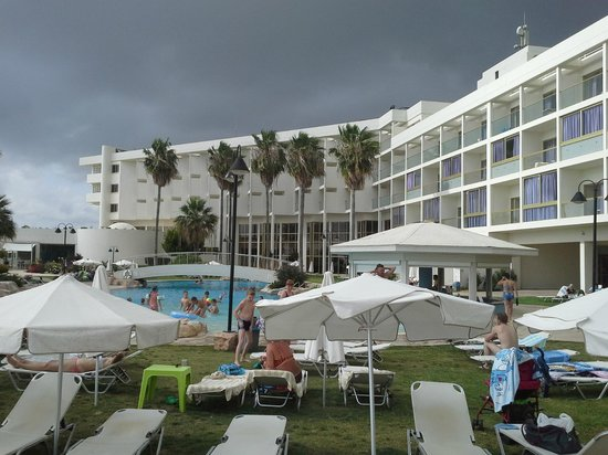 Laura Beach Hotel: Отель