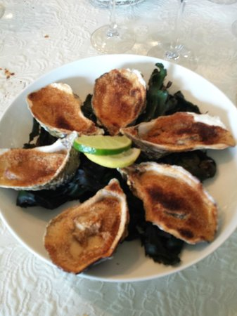 Auberge le John Steele : The baked oysters
