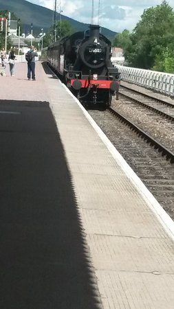 Strathspey Steam Railway: The train arriving