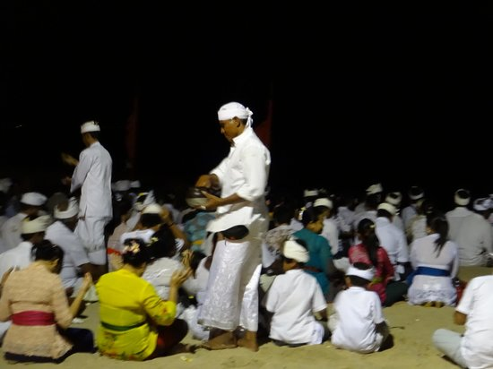 Sanur Beach: Locals Praying on the Beach at night