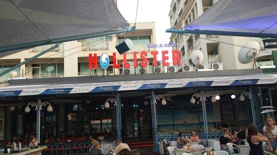 Hollister Food Music & Bar
