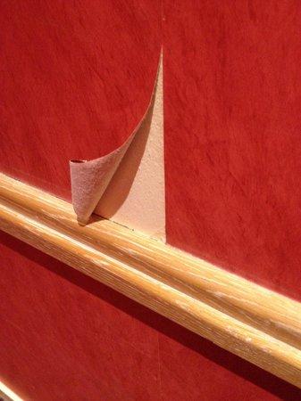 Mercure Paris Place d'Italie: Behang van de muren