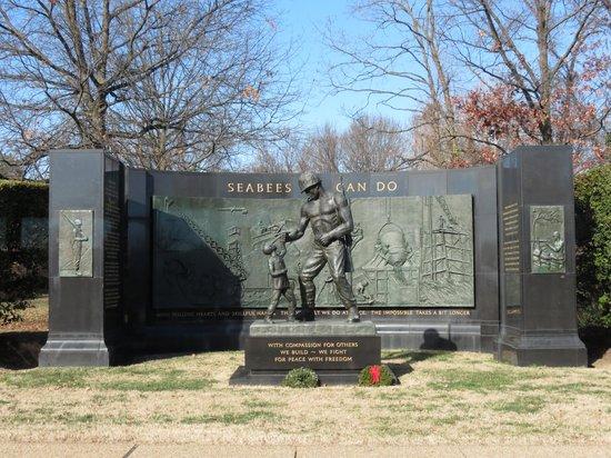 Monumento Nacional de la Segunda Guerra Mundial: Memoriale 3