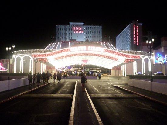 Circus Circus Hotel & Casino Las Vegas : entrée de l'hotel